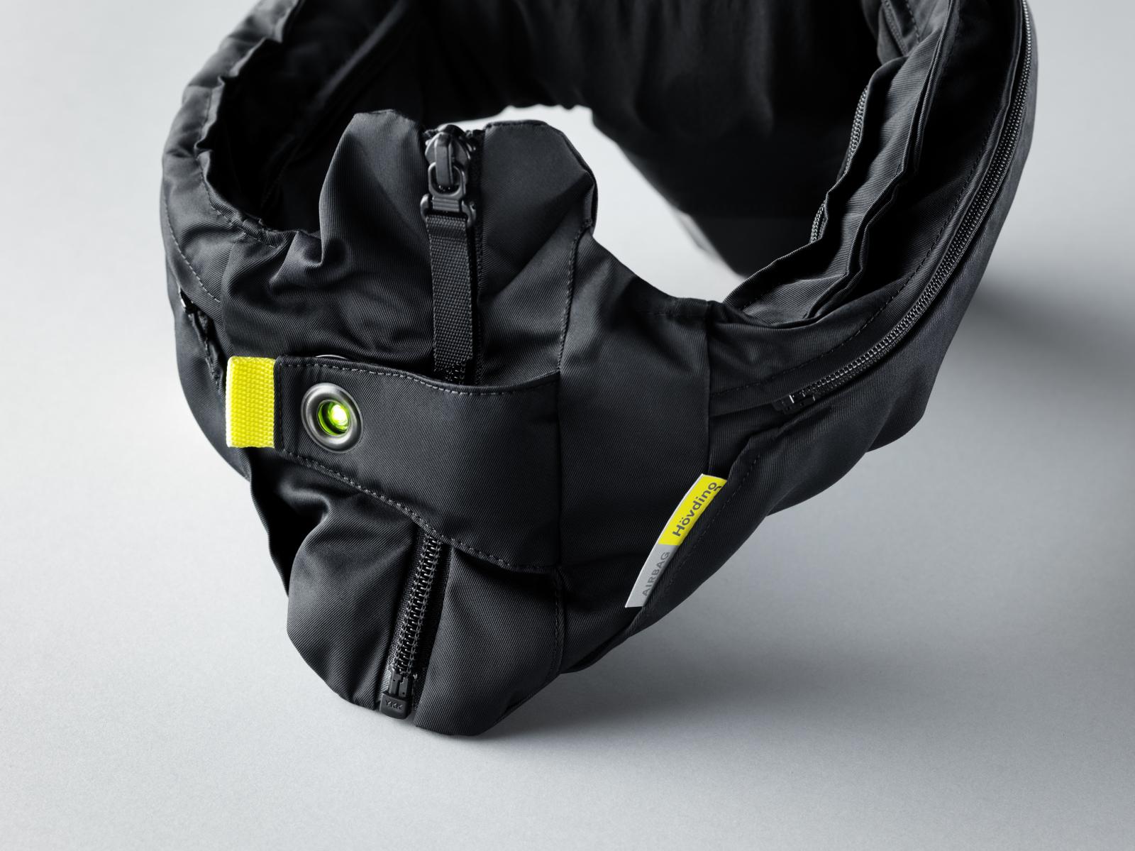 Aktivierter Hövding 3.0 Helm